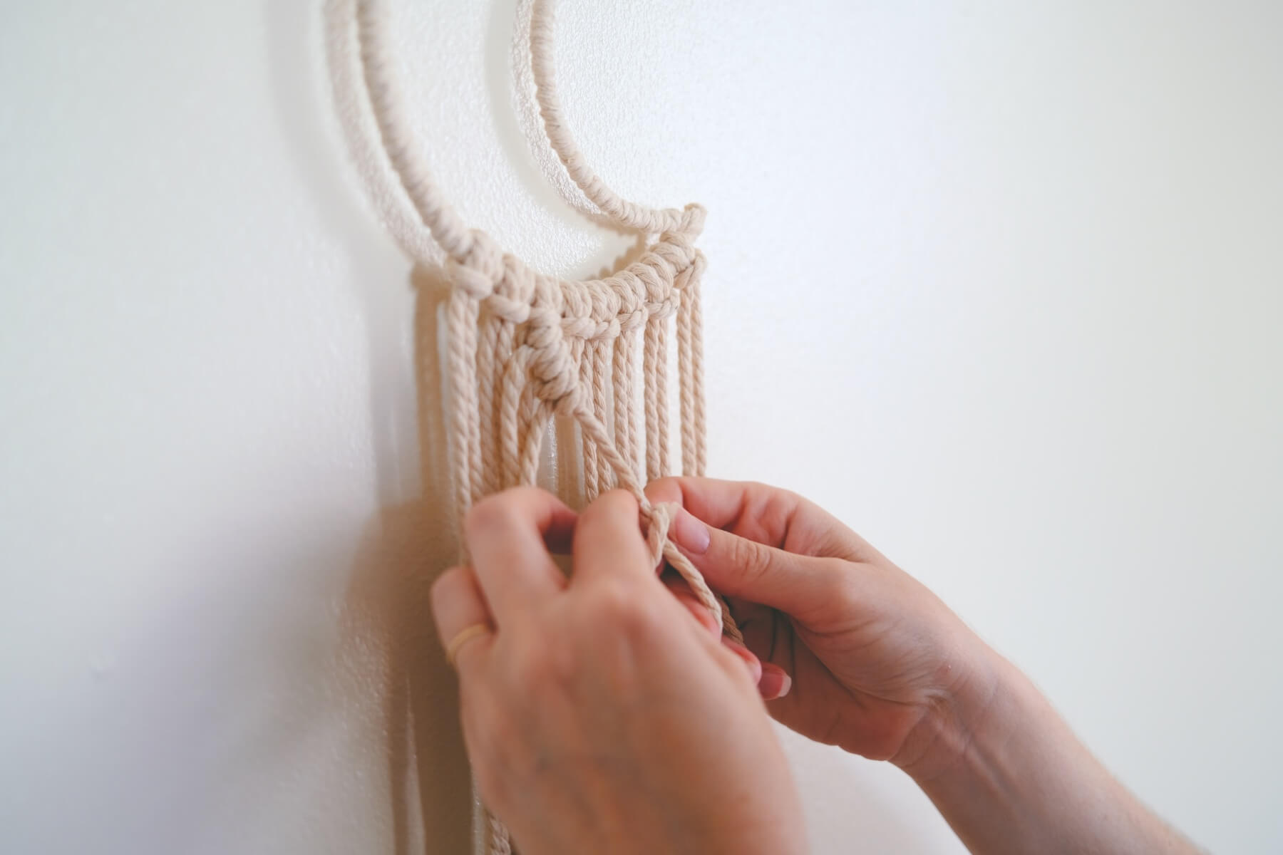 knot making tutorial double half hitch macrame