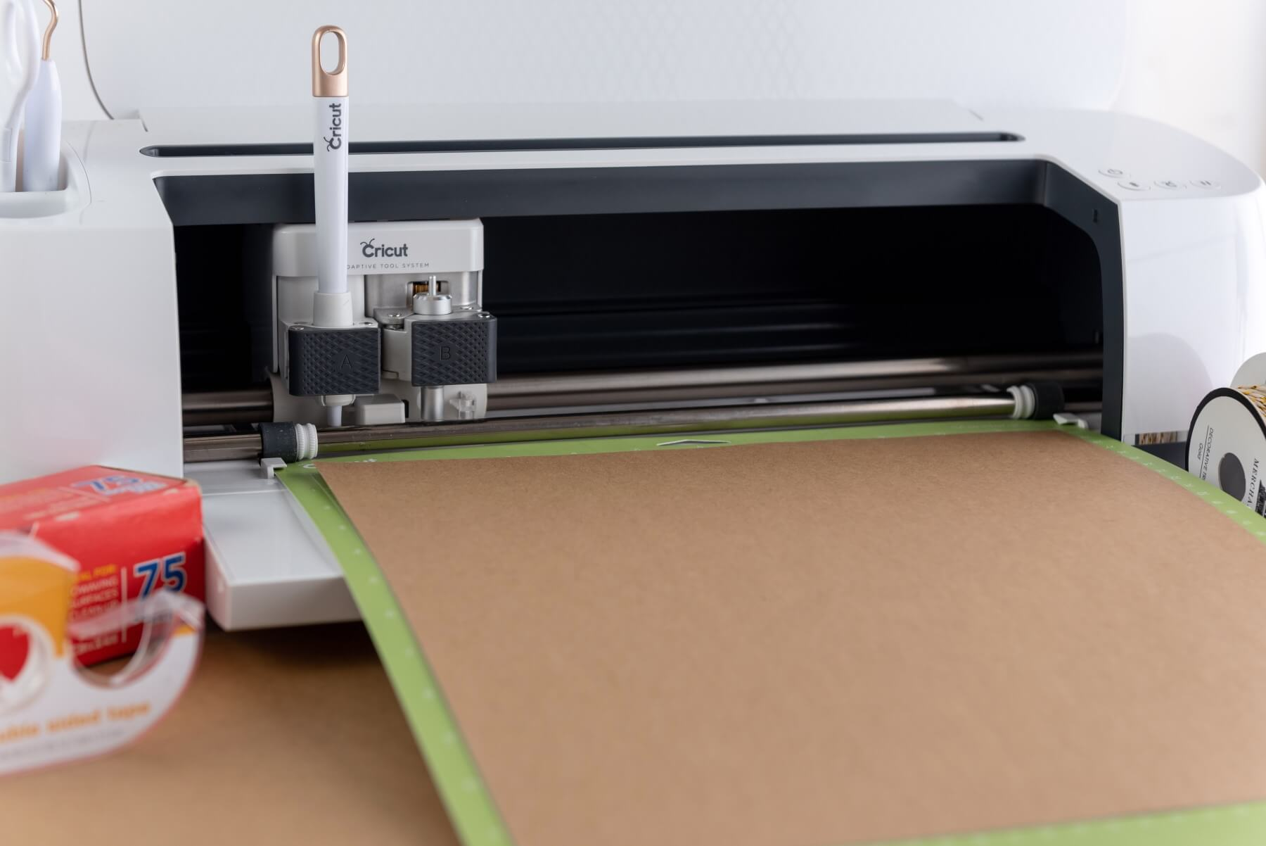 load the cricut with the cutting tool diy pie slice box