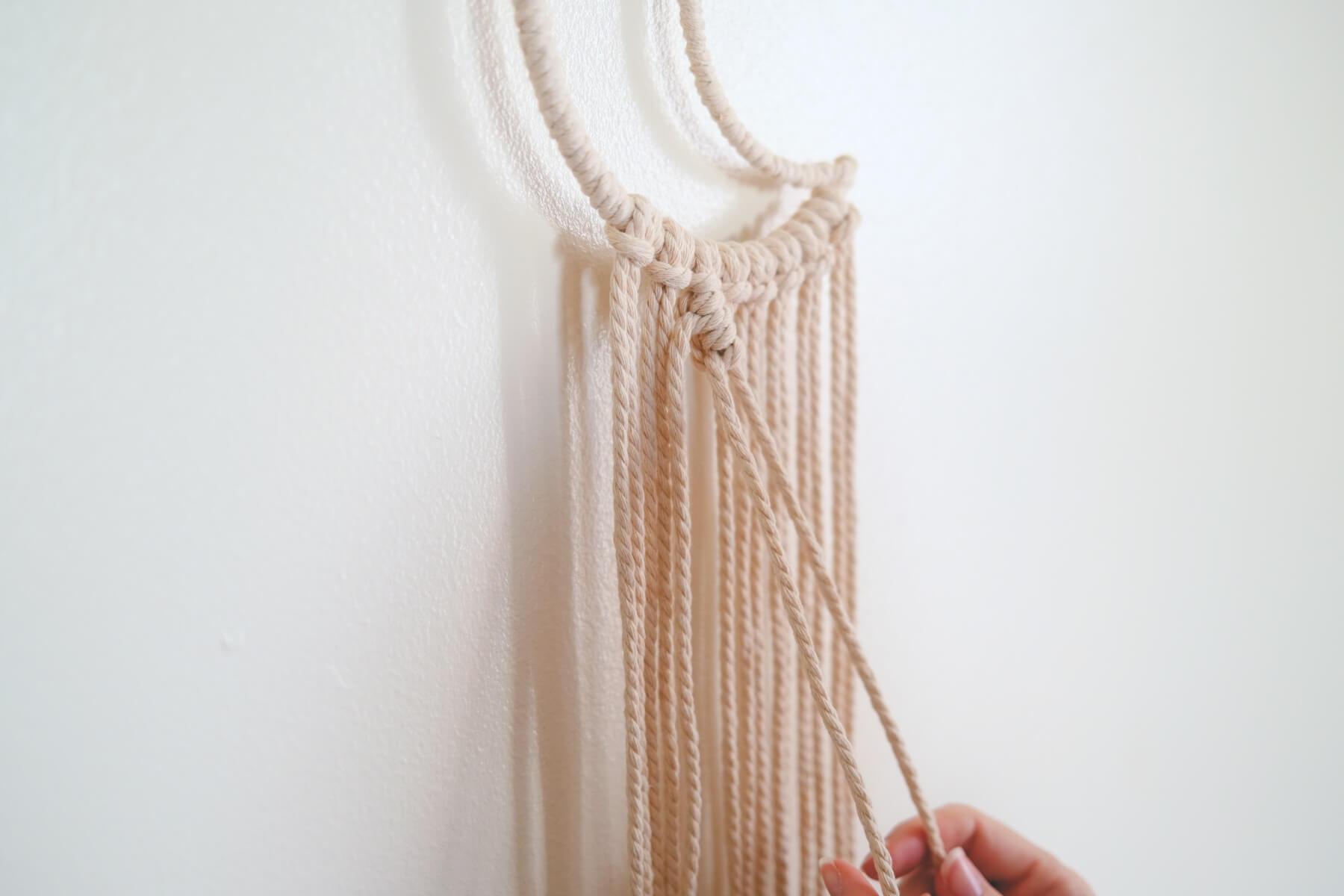 make a macrame double half hitch knot pop shop america