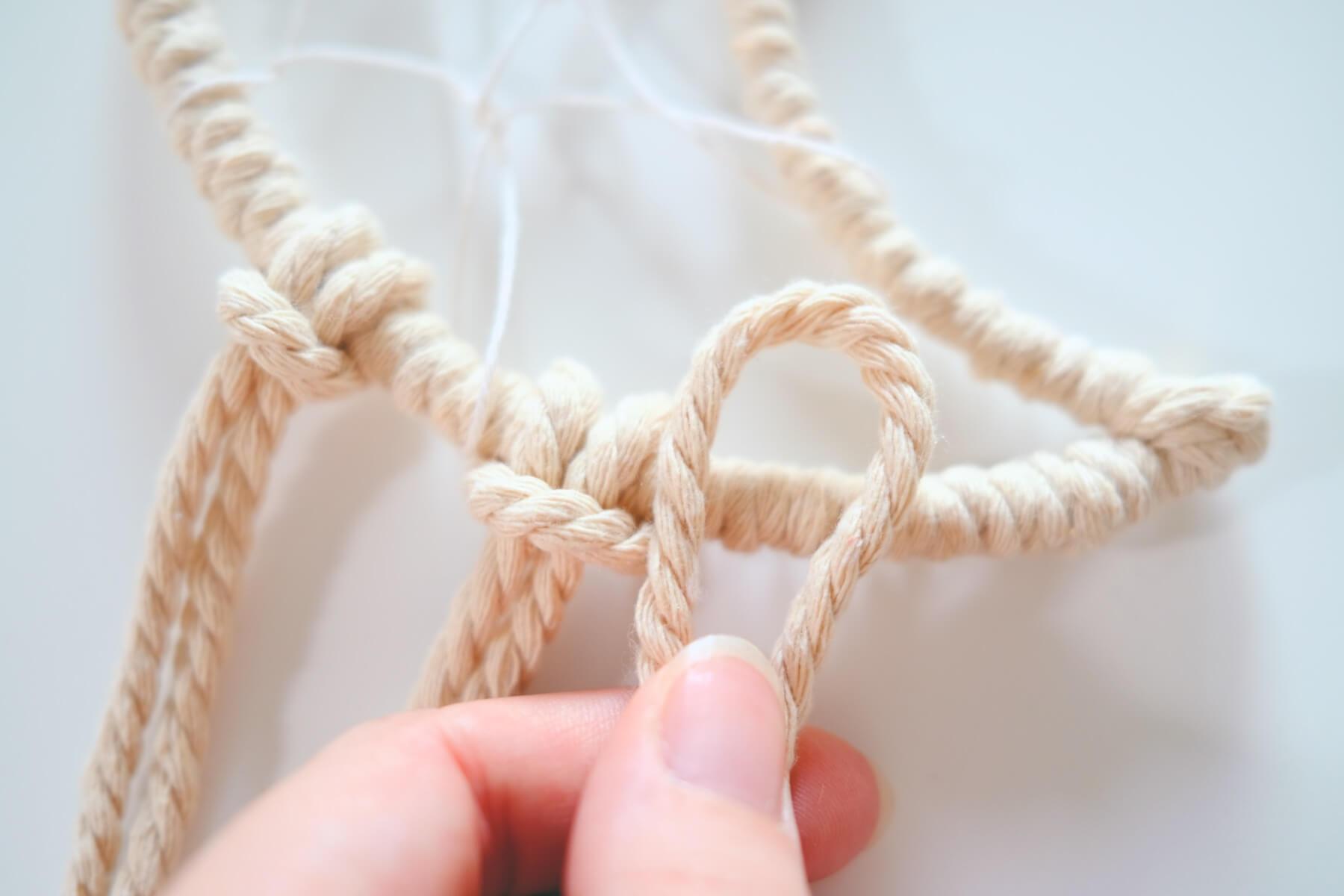 making a larks head knot macrame instructions